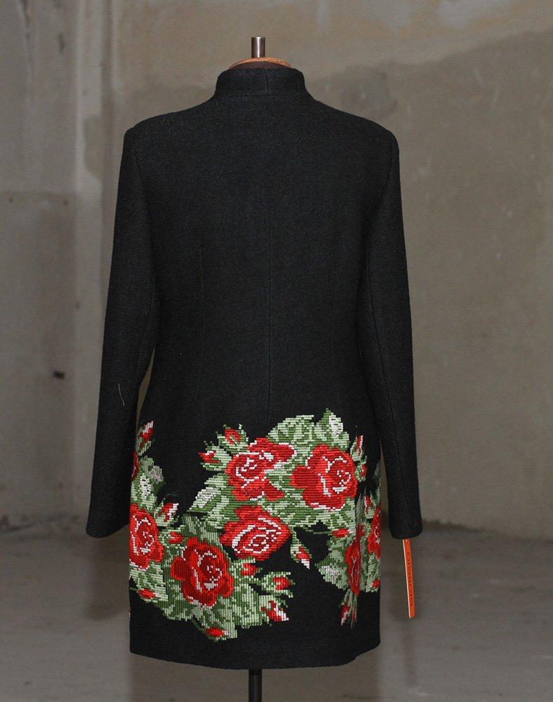 Женские пальто – модные тренды и направления 2017 года