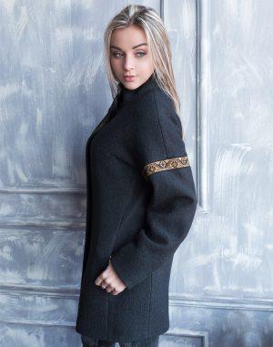 Пальто женское утепленное К-139 Орнамент вареная шерсть черный/бронза