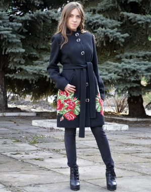 К-107 Пальто Троянди кашемир черный