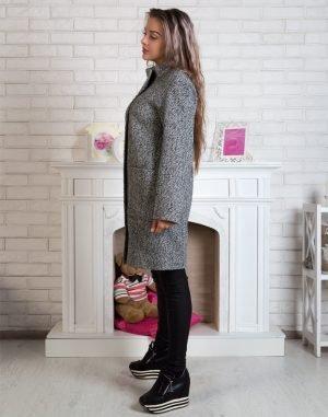 Женское пальто В-71 елка/букле белый/серый