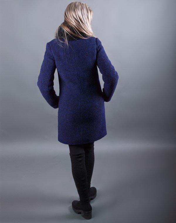 Женское пальто В-120 Букле утепленное черно-синее